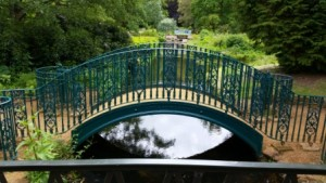 Swiss Garden bridge web